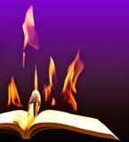 灼烧的书特写镜头的图象 免版税图库摄影