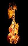 灼烧的吉他 免版税库存图片