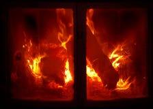 灼烧的壁炉木头 图库摄影