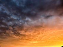 灼烧的天空 库存照片
