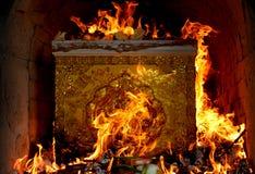 灼烧的棺材泰国文化 免版税库存图片