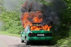 灼烧的汽车警察 免版税图库摄影