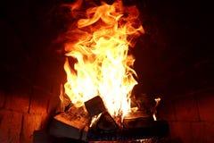 灼烧的火火焰的长舌  库存照片