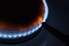 灼烧的燃烧器煤气炉在家 库存图片