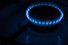 灼烧的燃烧器煤气炉在家 免版税库存照片