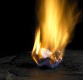 灼烧的纸 库存图片