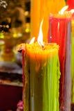灼烧的老织地不很细蜡烛 免版税库存图片