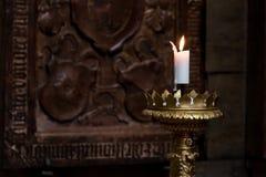 灼烧的蜡烛在圣Vitus大教堂里 库存图片