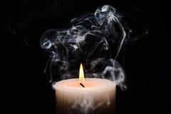灼烧的蜡烛白色 库存图片