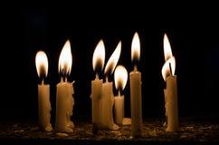 灼烧的蜡烛许多 图库摄影