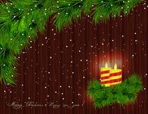 灼烧的蜡烛,圣诞树分支,枝杈和棕色木头b 皇族释放例证