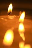 灼烧的蜡烛 熔化的蜡烛 免版税库存照片
