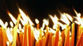 灼烧的蜡烛 股票视频