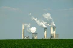 灼烧的采煤工厂次幂 库存照片