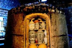 灼烧的陶瓷熔炉窑烧烤 库存图片