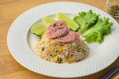 炒饭用被发酵的猪肉和菜,泰国食物 图库摄影