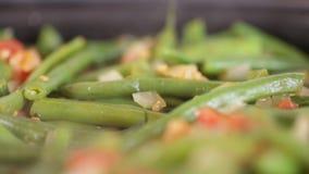 炖煮的食物用芦笋豆 股票视频