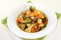 炖煮的食物蔬菜 库存图片