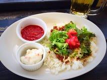 炸玉米饼米,在Tokashiki海岛,冲绳岛,日本上的日本食物 免版税库存图片