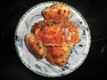 炸鸡剁用乳酪 免版税库存照片
