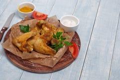 炸鸡在辣咖喱汁飞过 免版税库存图片