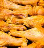 炸鸡翼用咖喱汁 库存照片