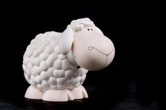 点头绵羊玩具 库存照片