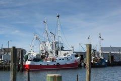 点宜人的渔船 库存照片