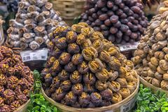 点心在盛大义卖市场在伊斯坦布尔,土耳其 免版税库存照片