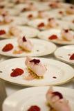 点心玫瑰色草莓水 免版税库存图片