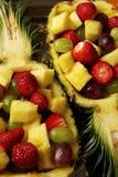 点心食物果子健康查出的菠萝沙拉加入了维生素白色 免版税库存照片