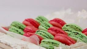 点心 曲奇饼 蛋糕用樱桃 蛋糕用果子和咖啡 影视素材