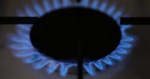 点燃在厨灶的天然气 股票录像