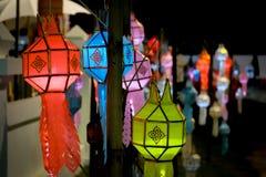 点燃更轻,泰国文化的灯 库存图片