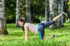 锻炼妇女 免版税库存照片