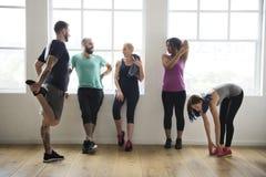 锻炼锻炼健身健康概念 库存照片