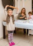 烘烤与家庭的曲奇饼 图库摄影