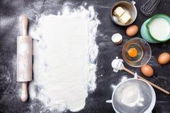 烘烤和烹调成份概念、品种和器物 图库摄影