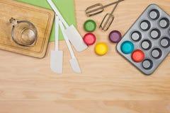 烘烤和酥皮点心工具 图库摄影