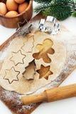烘烤圣诞节曲奇饼和姜饼 库存照片