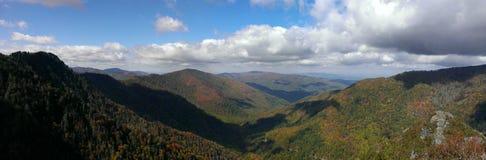 从烟囱上面的看法在大烟山国家公园 免版税库存照片