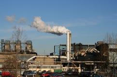 烟囱工厂抽烟 库存图片
