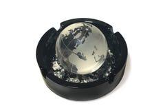 烟灰缸地球 库存图片