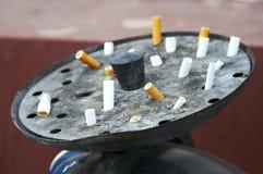 烟灰缸接界街道 免版税库存照片