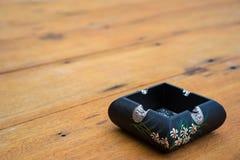 烟灰缸泰国艺术 库存图片