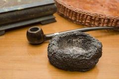 烟灰缸由石头制成 免版税库存照片