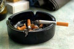 烟灰缸 库存照片