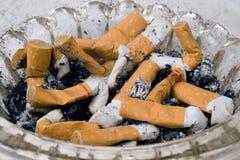 烟灰缸 免版税库存照片