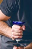 水烟筒和tobacoo 抽烟 拳击拳头现有量人战争 免版税库存图片