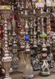 水烟筒在义卖市场,开罗,埃及 库存图片